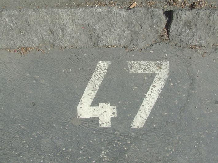 47 na trotaru